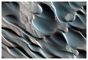 HiRISE Image of Polar Dunes (University of Arizona, 2011)